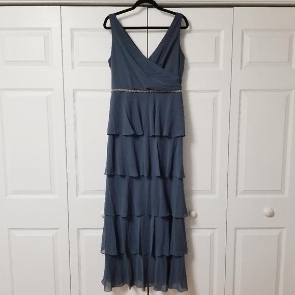 SLNY Tiered Caped Jacket Dress